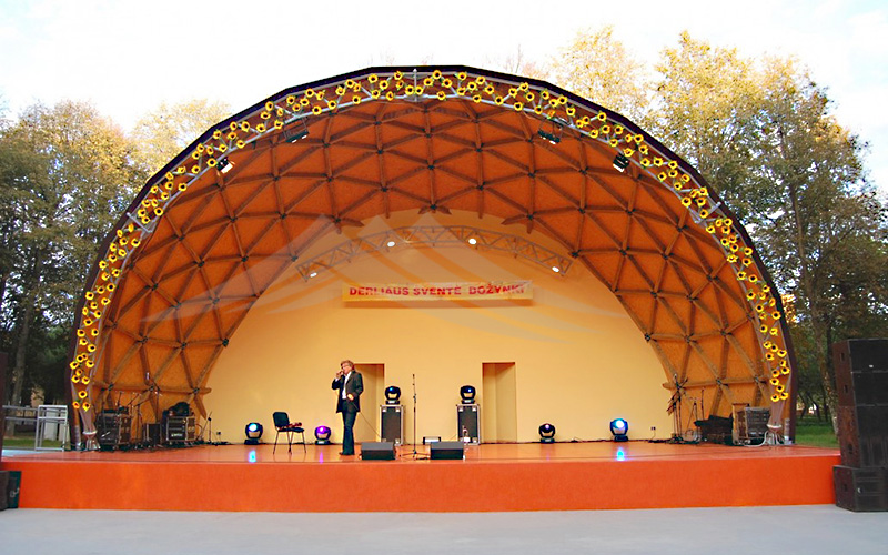 GuangAo-Best Semi-circle Performance Canopy Half Geodesic Dome Tent
